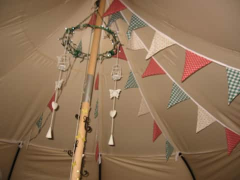Aberystwyth Glamping Tent, Hot Tub & Campfire!