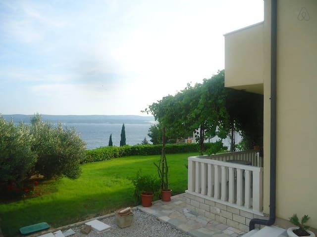 One bedroom sea-view apartment A2 Vera (2+2) - Mimice