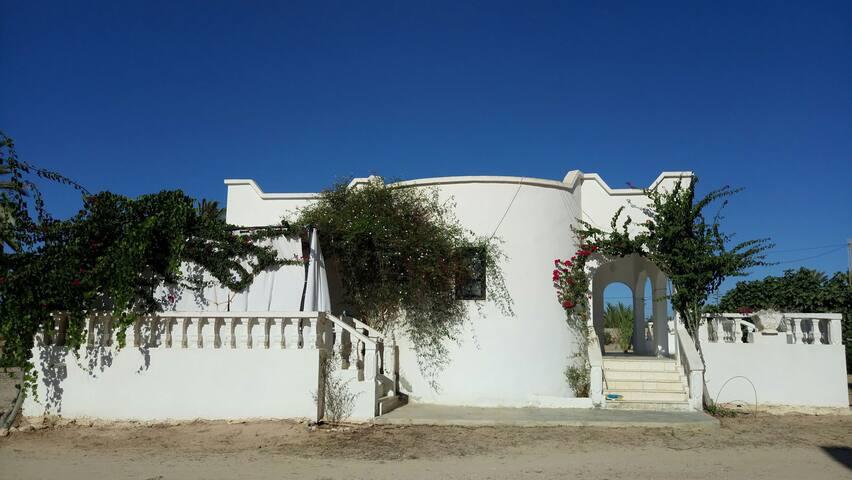 Maison sur île de djerba idéal pour l'équitation