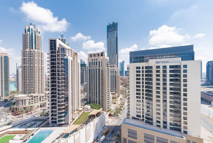 Beautiful 1 BR Walking Distance to Dubai Mall