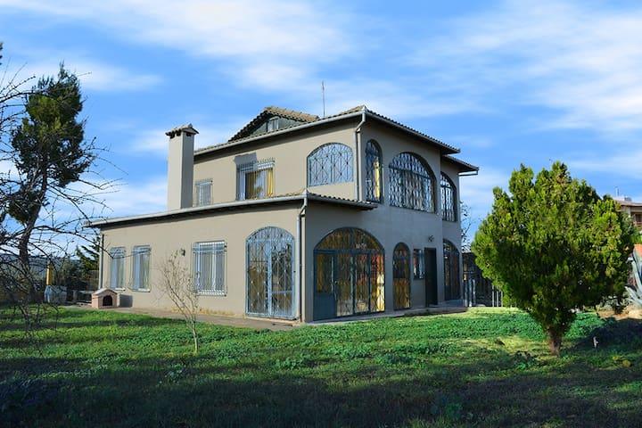 Luxury Art Villa in Souroti, Thessaloniki