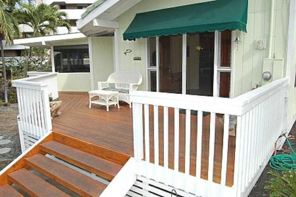 relax on your front deck , BOOGIE   boards   for  the  beach park juts 50  yards  over to the  left