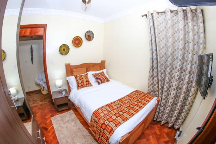 Runda Nairobi, Executive single en suite bedroom