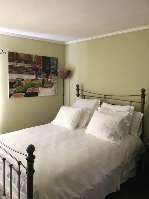 Bedroom featuring a Queen bed