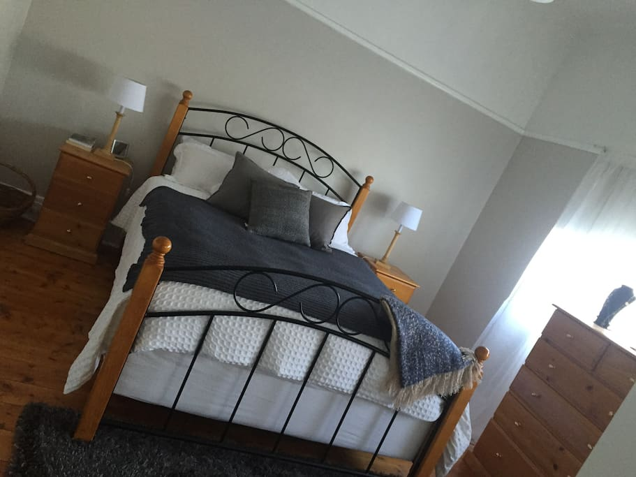 Queen Bedroom Private, includes large robes, linen, electric blanket, cooling vents.
