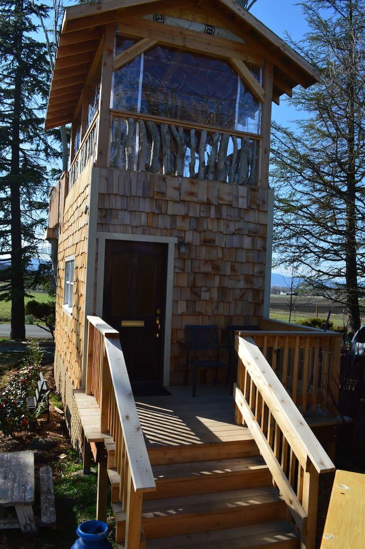 Roadside Treehouse