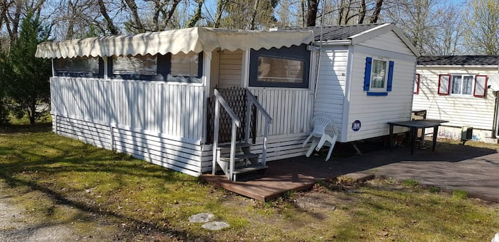 Equipped Mobil-home for  six people