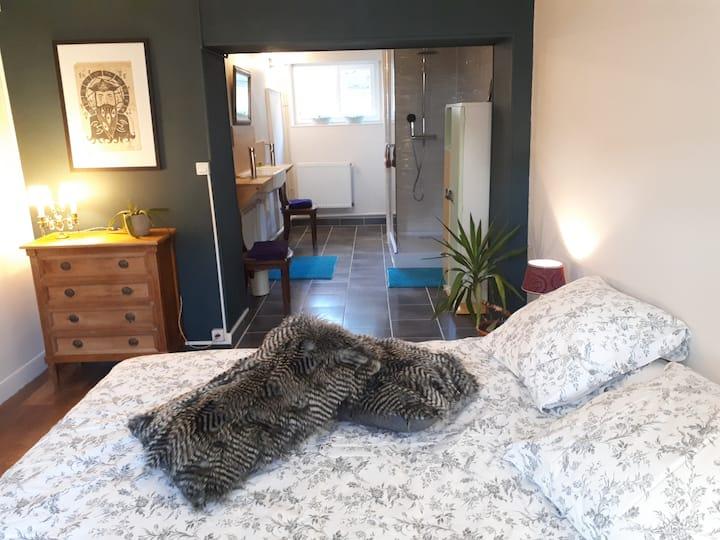 Chambre dans grande maison au calme 15km Troyes