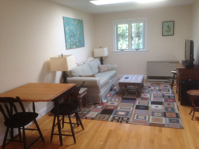 Wonderful Kennebunk apartment centrally located