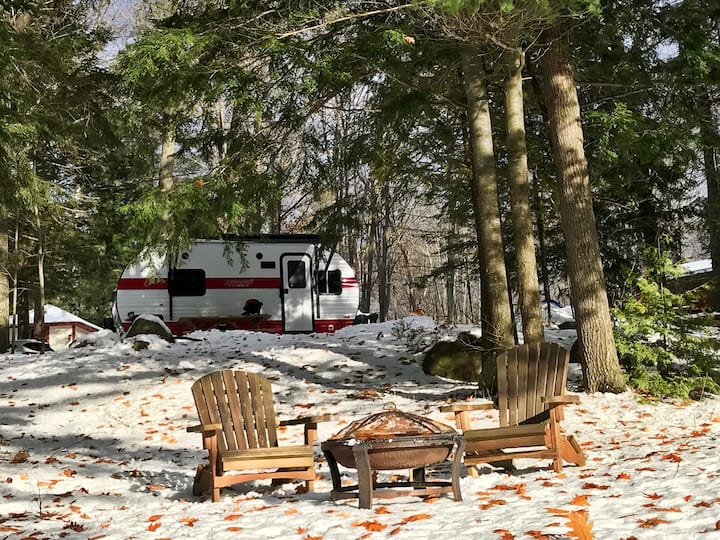 Winter Glamping on the Moon (River)
