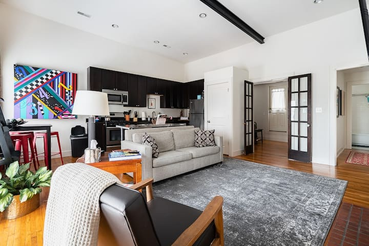 The Short North Retreat - Private Parking!!!