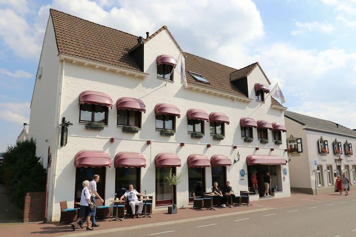 JS Hotel Epen. Prachtige locatie! - Epen - Boutique hotel