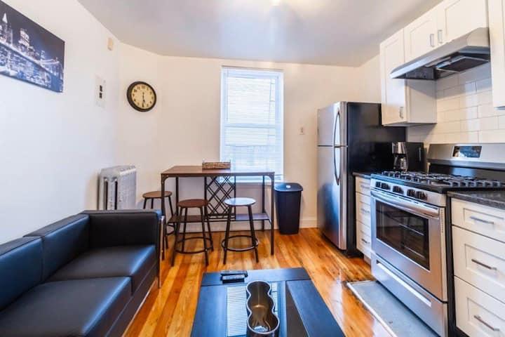 Room C•HyggeHome• 30-40mins to Manhattan