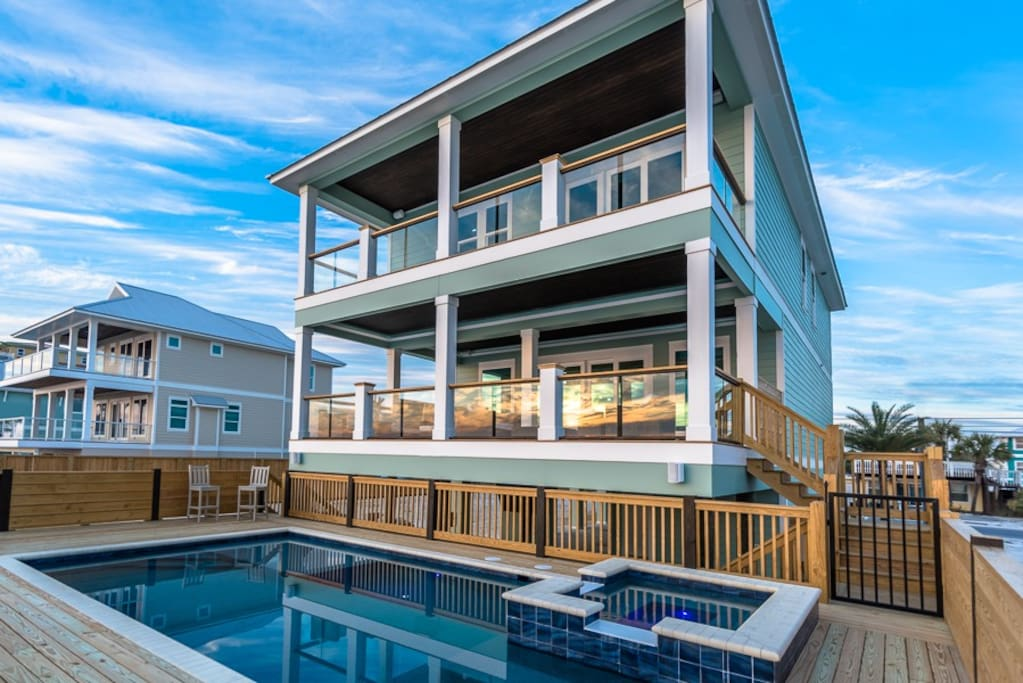 No rain 6 bedroom 6 5 bathroom home houses for rent in panama city beach florida united states for 4 bedroom 4 bath condo panama city beach