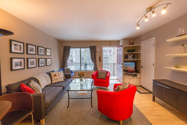Cute & Comfy Condo on Cornet Creek
