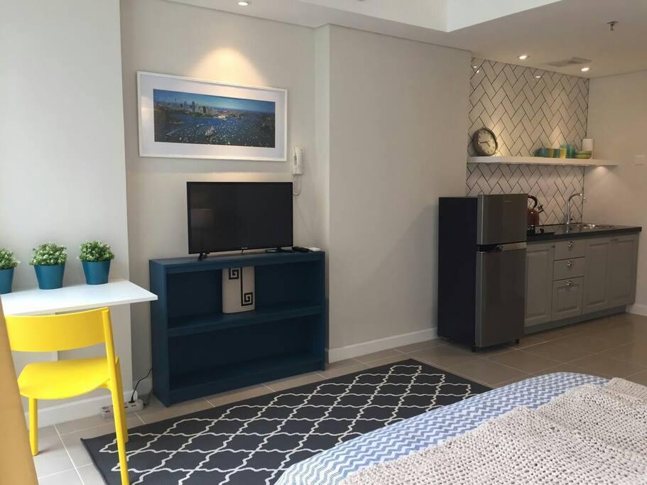 Modern Chic City View Apartment - Appartements à louer à