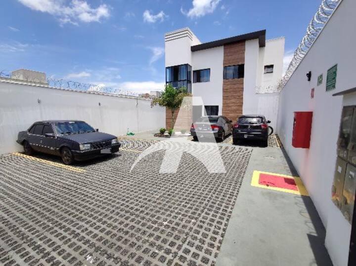 Duplex Los Angeles Res. - Novo Mundo Uberlândia