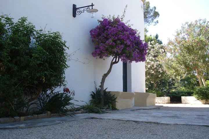 Villa Raymondo-Residenza Estiva Bilocale Grande