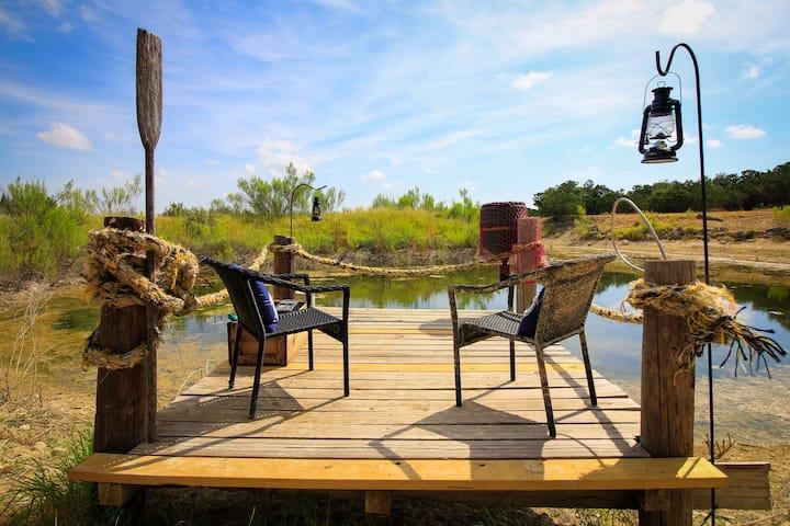 Hot Tub|Country Living| Bandera, TX.