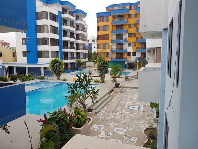 Acogedor departamento con piscina en Tonsupa