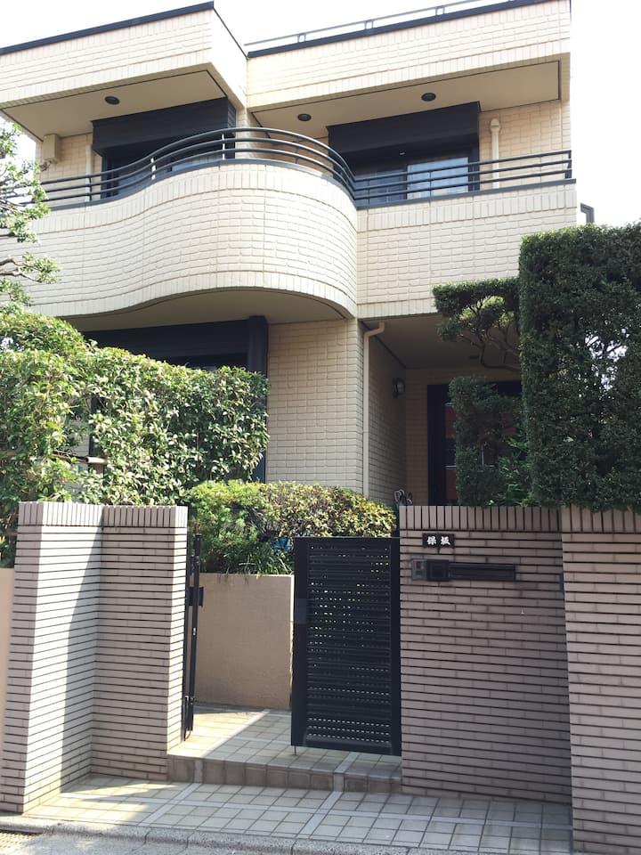 Jones House (ジョーンズ ハウス 和室 Tatami Room)