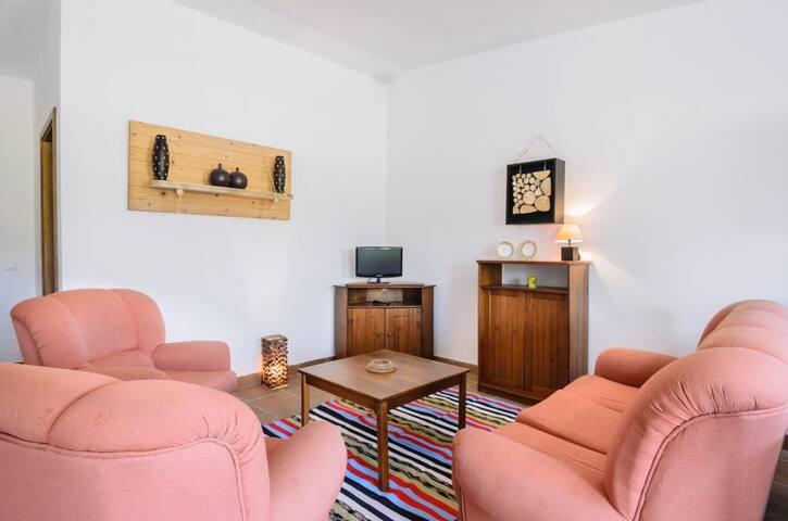 Flair Black Apartment, Nazare, Portugal