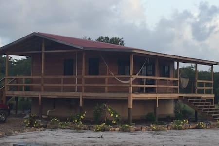 Sunset Cove - Beautiful 1 bedroom bungalow - Placencia - Haus
