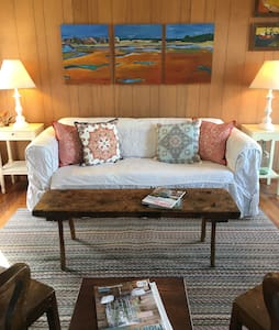 Perkins Cove- Rustic Charm Cottage - Ogunquit
