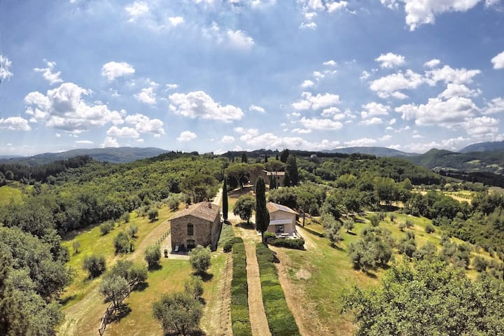 Rural Tuscany | Independent cottage at Capitignano