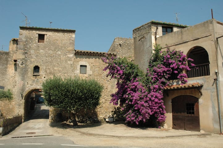 Casa rural del Siglo XVII en  Alt Empordà, Girona - Vilaür - Haus