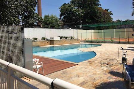 Apartamento 2 quartos, piscina, academia, Play,