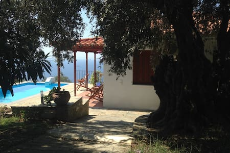 Panorama villa, Skopelos in the Greek Islands