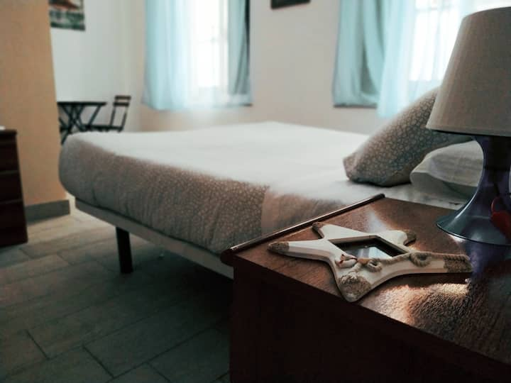 Double room in Old Town Cádiz :)