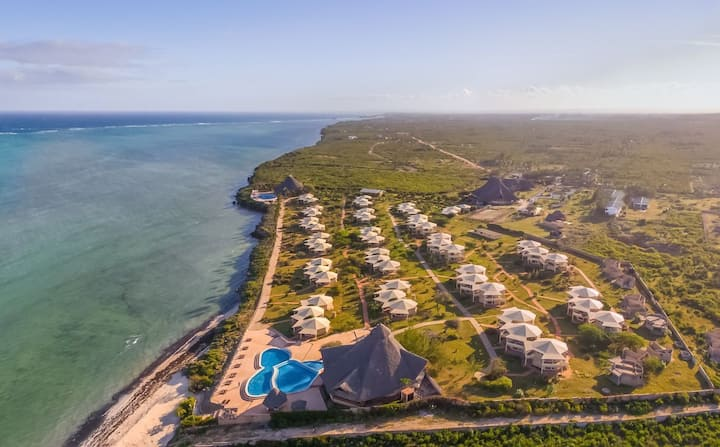 46 Acres 4star Beachfront Resort