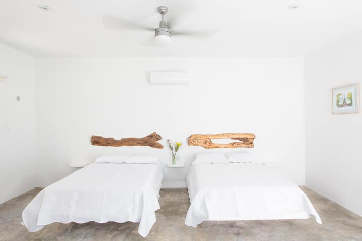 Aljanna House   Deluxe Room 2  