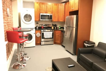 (36-B2) Simple Quaint Apartment- Brookline