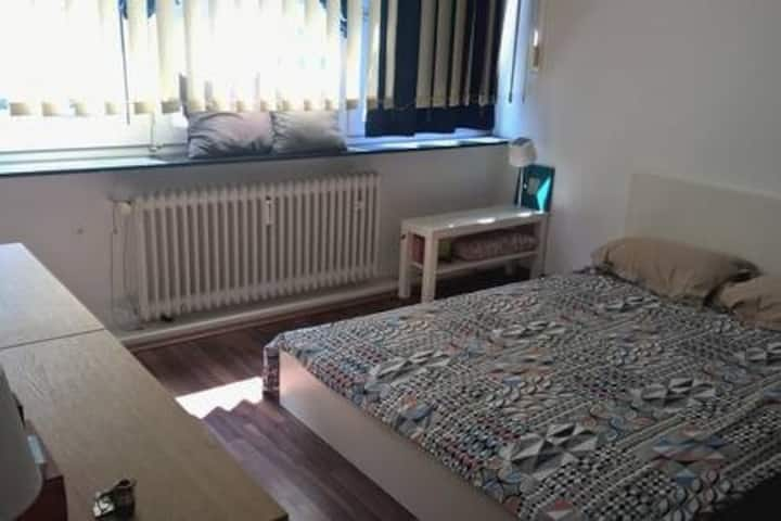 One Bedroom 16sqm. in HBF. Schlafzimmer