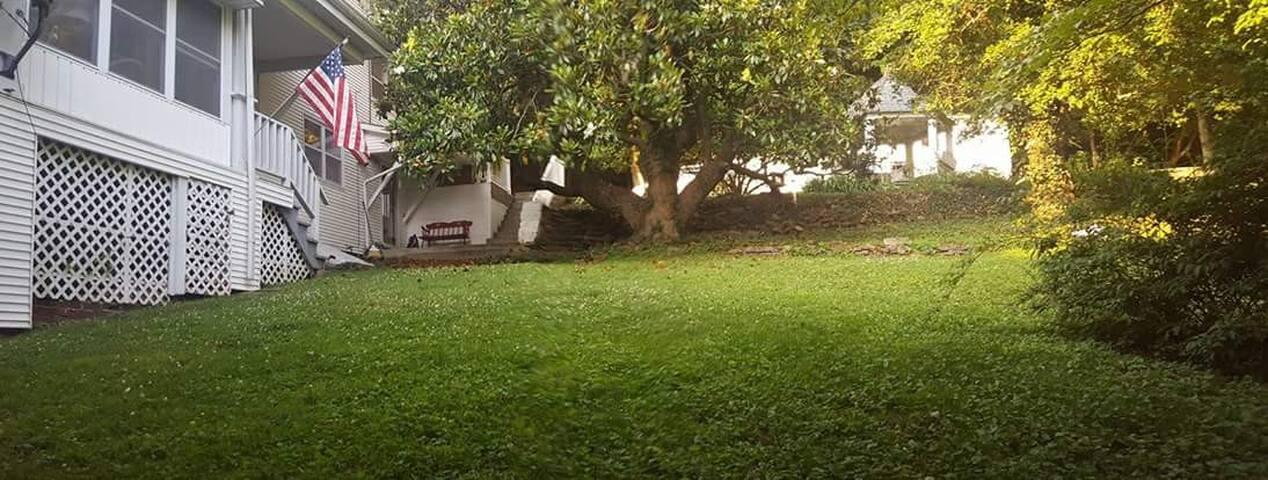 Magnolia Hill