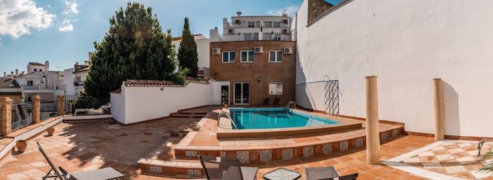 Apartamento con patio privado y piscina en Ronda