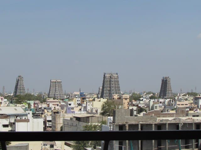 Temple View & Luxury Room Stay @ madurai