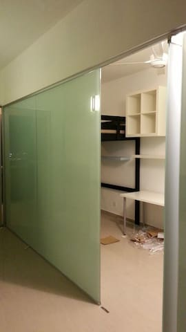Cozy room in Penthouse near LRT & Genting Highland
