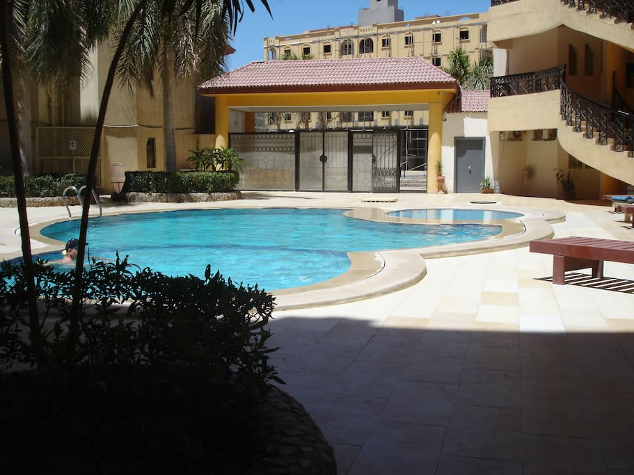 Regency Towers  2 Bedroom/2 Bathroom apartment – Close to all amenities – Very Popular location