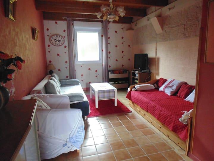Maison à la campagne à 9 km sud d'Angoulême