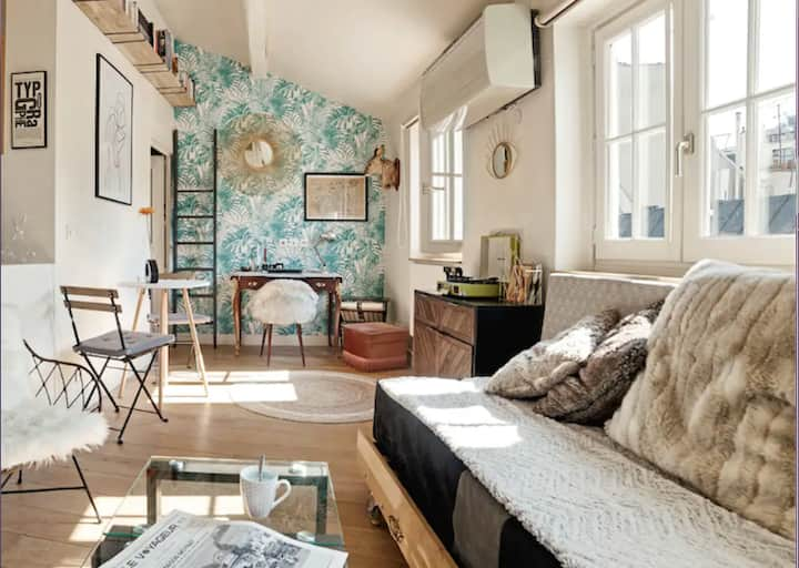 AC/WIFI Charming and Chic Apartment - Notre Dame