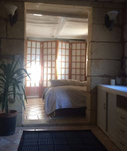 Room in charming House of Character - Birkirkara