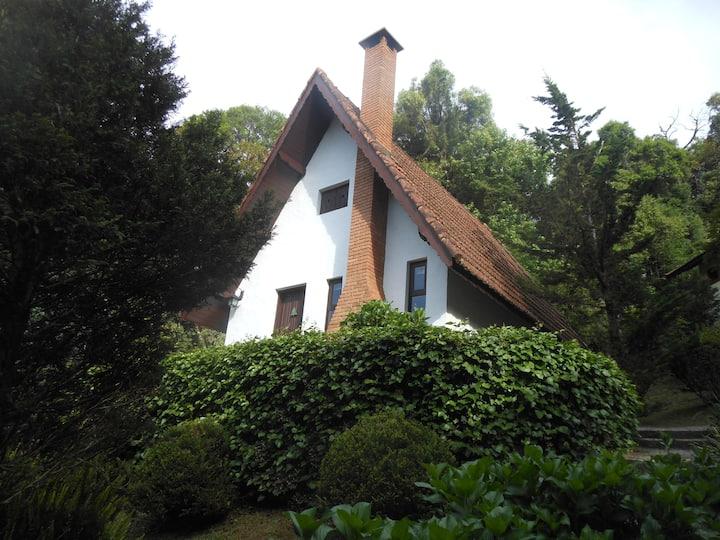 Chalés família no Grünwald Chalés Monte Verde