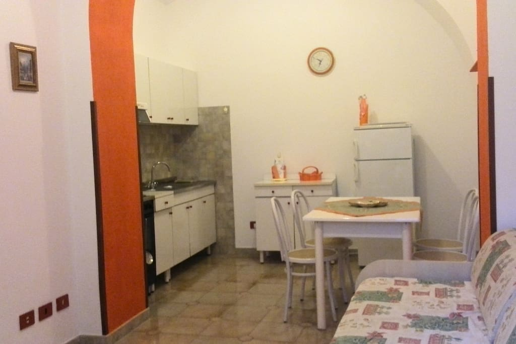 kitchen side in living roomj