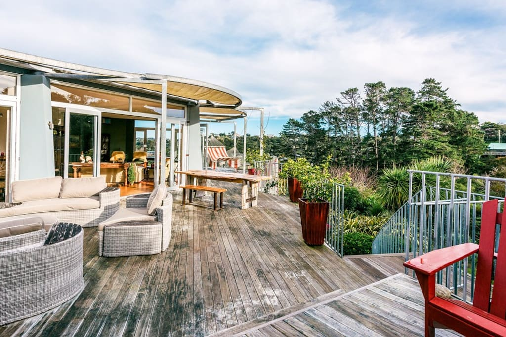 Large view deck with areas to enjoy