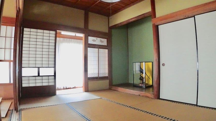 Tatami mat bedroom3