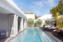 Pool Suites @ The Robertson Small